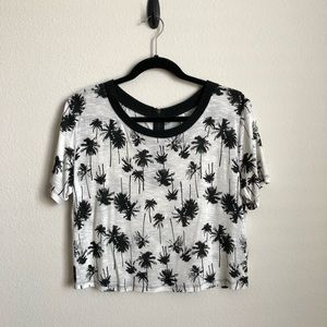 Boxy Crop T Shirt with Palm Trees, sz M